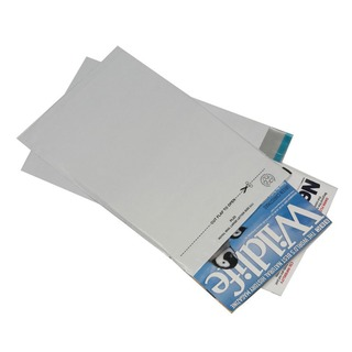 Secure 595 x 430mm Opaque Lightweight Polythene Envelope (100 Pack)